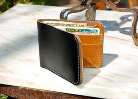 Hellbrand Leatherworks — Chromexcel Bifold Wallet