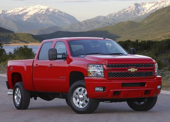 2013 Chevrolet Silverado 2500HD & 3500HD: New Car Review - AutoTrader.com