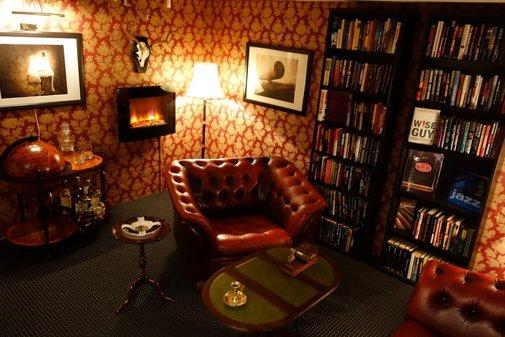 Classy Cigar Room