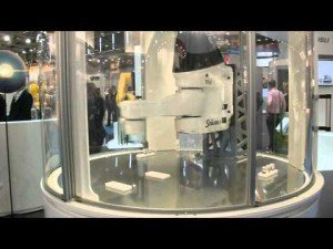 The World's Fastest Robot by Stäubli