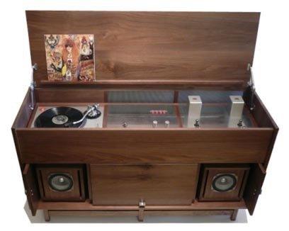 Pickett Furniture's Morkt Samfunn Console | Apartment Therapy