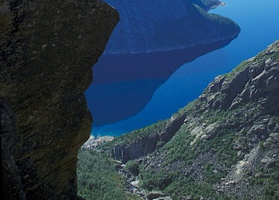 Geological Photography - Trolltunga