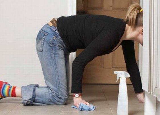Study Tying Women's Weight Gain to Housework Draws Fire for Coke Link