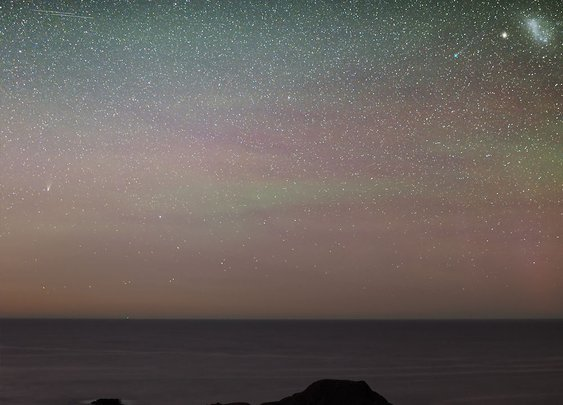 Comets Lemmon and PanSTARRS sweeping through the Southern Skies
