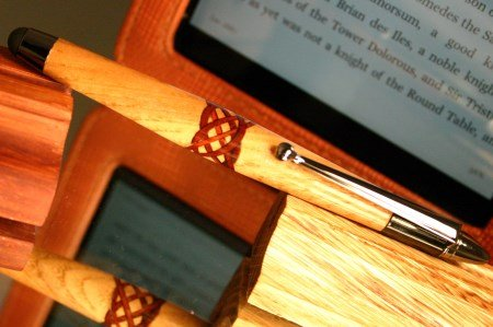Stylus in white oak with 6 ring Celtic knot by Hope & Grace Pens