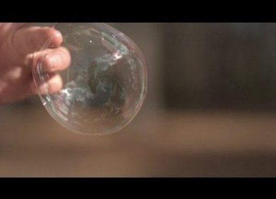 Bubble Bursting at 18,000fps