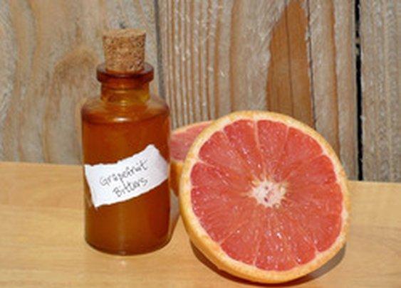 DIY Grapefruit Bitters