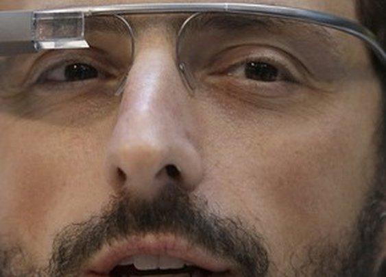 6 Hilarious Parodies of Google Glasses (Video)