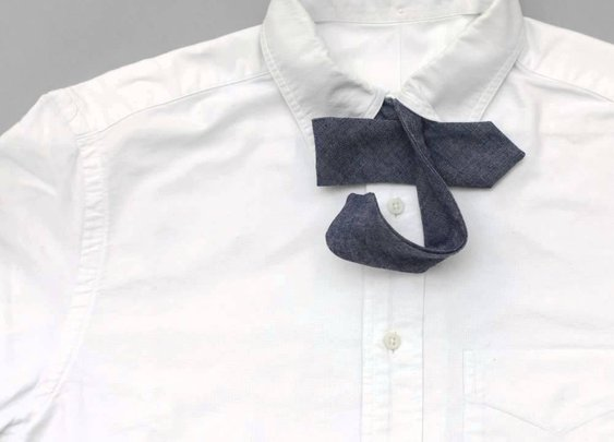 How to Tie a Bowtie - YouTube (72 sec.)
