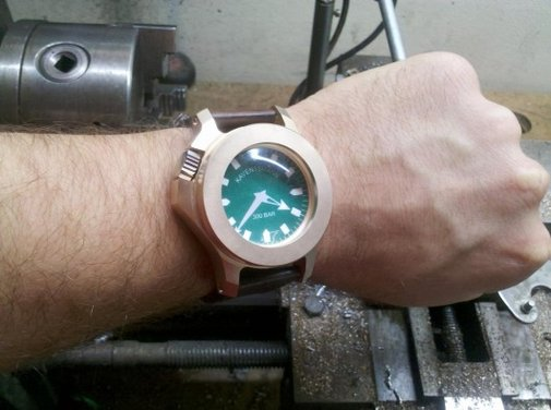 Kaventsmann tests bomb-proof watch with C-4 explosives