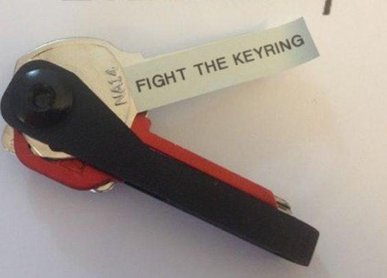 BladeKey Bolt organizes your keys in Swiss Army Knife style