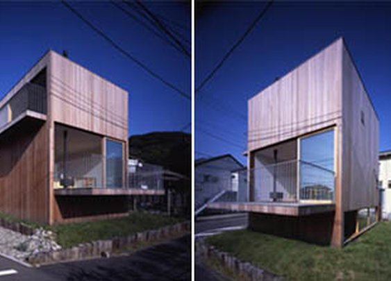 Japanese Home Designed by TNA Architect