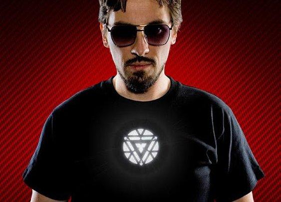 Iron Man 3 Light-Up Arc Reactor T-Shirt