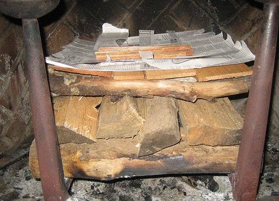 How to Build an Upside-Down Fire: The Only Fireplace Method You'll Ever Need