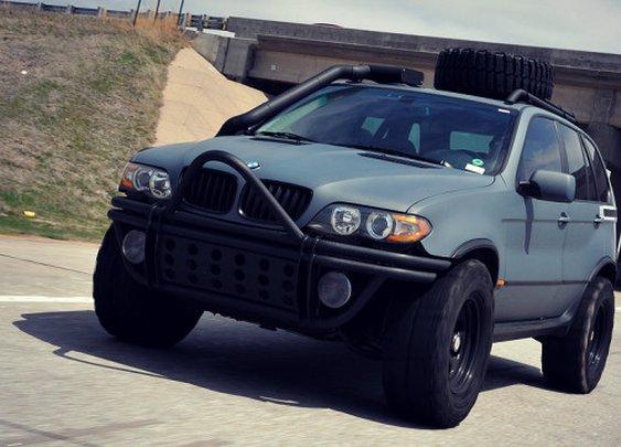 Zombie Survival Vehicle - Project X by Fluid MotorUnion