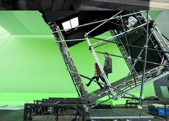 Ever wondered how they made that cool scene in Inception?