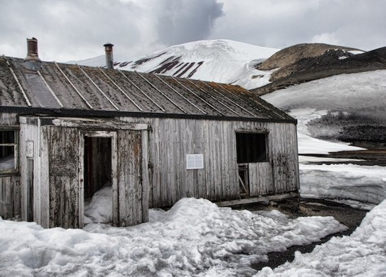 8 Abandoned Antarctic Whaling Stations and Bases that are Still Amazing