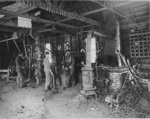 Links-to-Blacksmith-Photos-of-the-Past