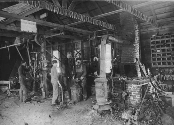 Links-to-Blacksmith-Photos-of-the-Past