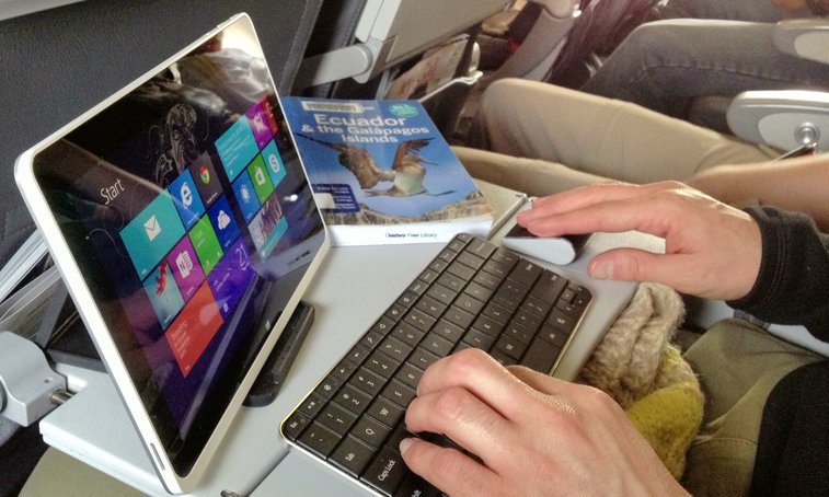 Why I Ditched My Laptop for an Intel Tablet