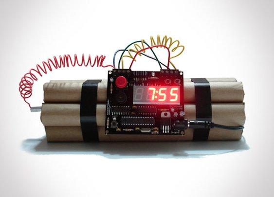 Defusable Alarm Clock   That Should Be Mine