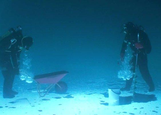 Fishing under ice (ORIGINAL) - YouTube