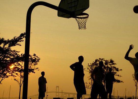 Play Smarter Pickup Basketball | Men's Health University | Men's Health