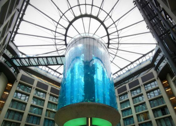 11 of the Most Unusual Elevators