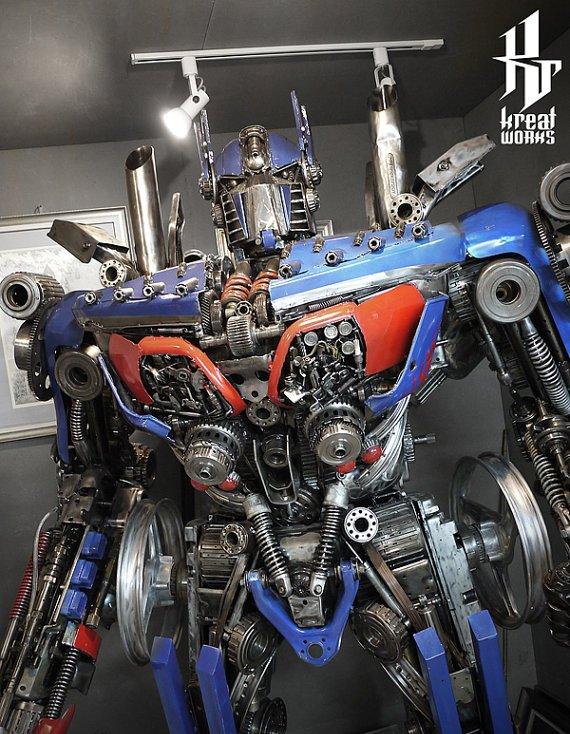 Dieselpunk - Optimus Prime Giant Statue