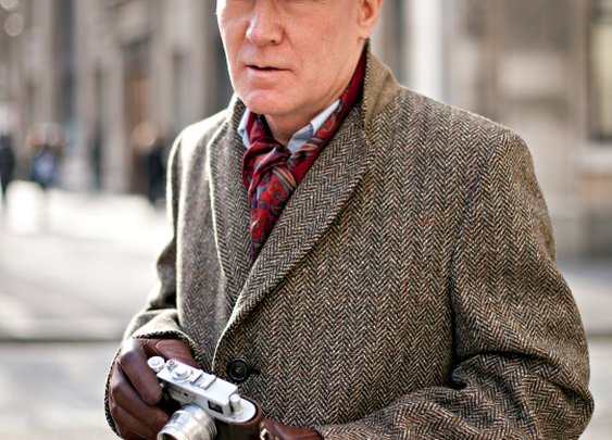 Old gent with Leica
