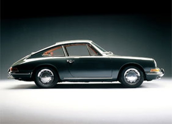 50 Years of the Classic Porsche 911 | of Iron & Oak