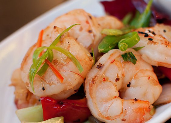 Eating in Maui: Stir Fried Pepper Shrimp