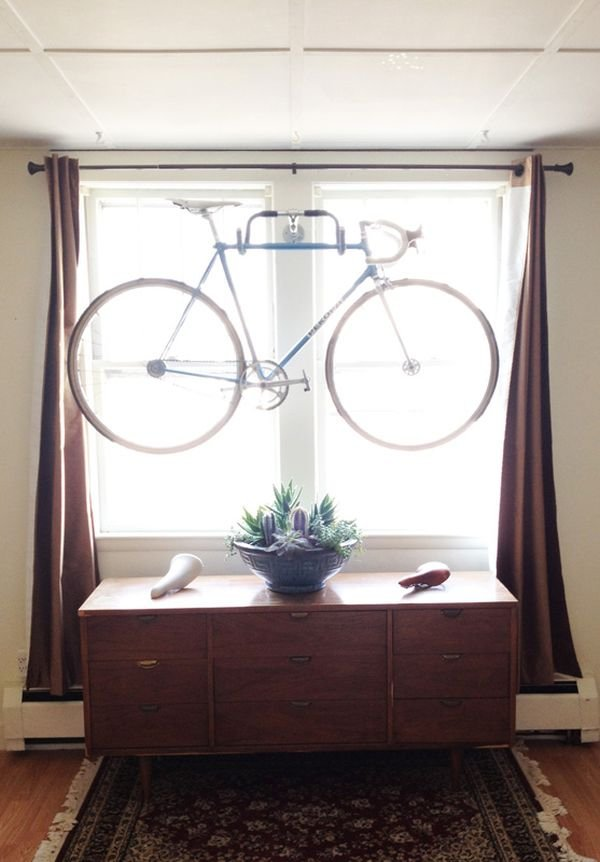 DIY wall bike hanger made from old bike parts