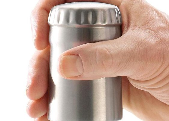Easy-Open Bottle Opener at Brookstone—Buy Now!