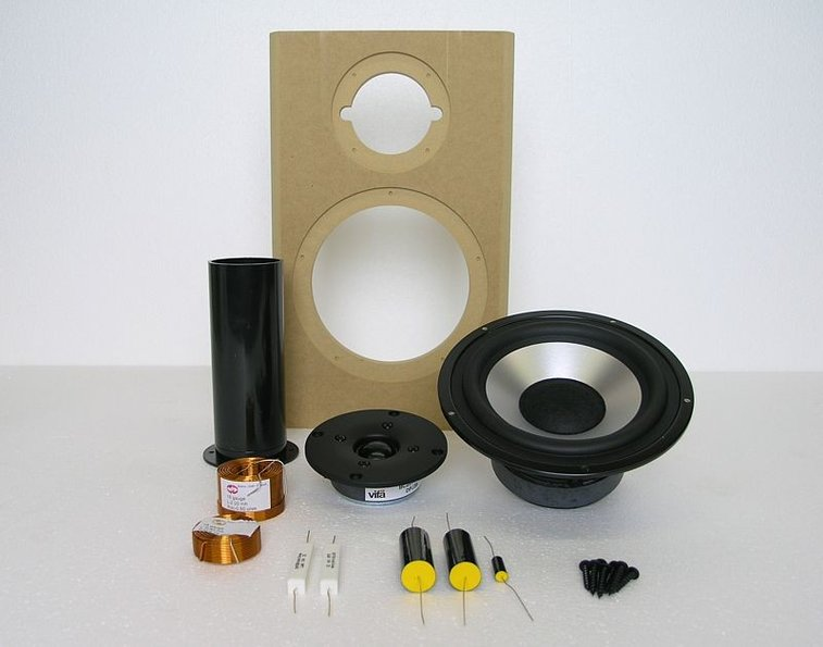 DIY Speaker kit ( stop paying for the brand )
