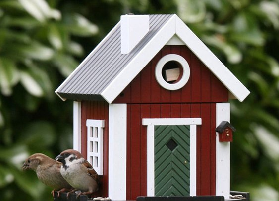 Red Cottage Bird House