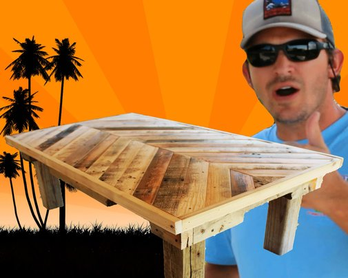 How to Build a Coffee Table out of Pallet Wood: Project 5 Paint/Distress/Antique Furniture - YouTube