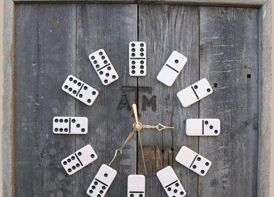 Cool Domino Clock