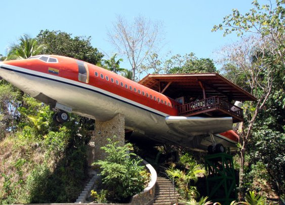 Airbnbest: 727 Fuselage Home - Thrillist Nation