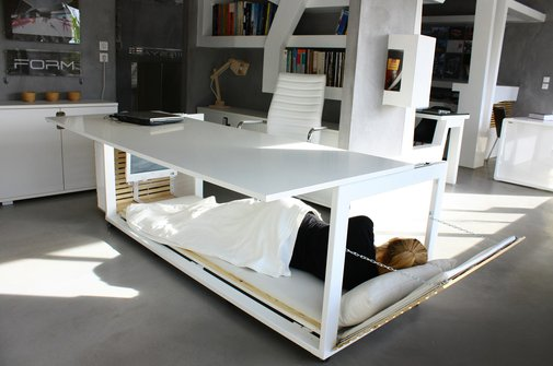 A Desk Built for Sleep