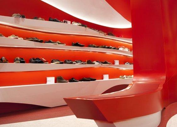 Granada Camper Store Design by A-cero