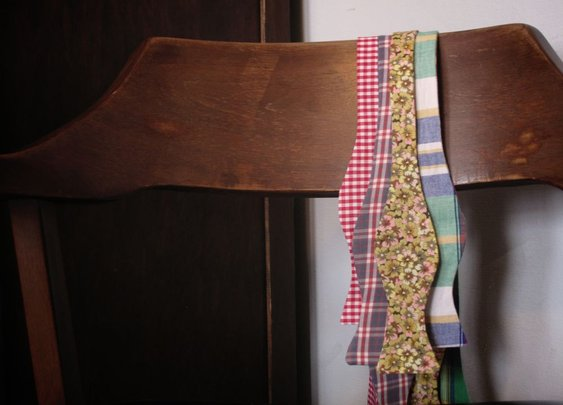 Make An Adjustable Bow Tie