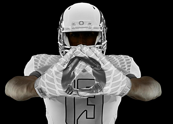 Oregon Unveils New 'Support Our Troops' Inspired Uniforms. They are - BroBible.com