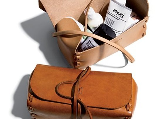 mens toiletry bag —