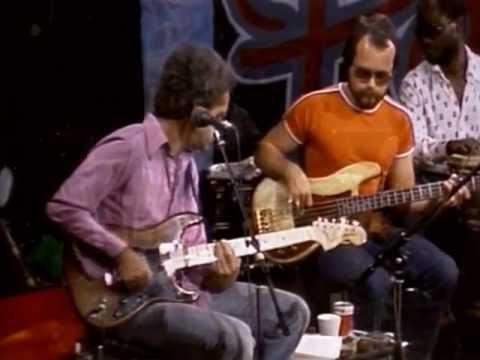 Youtube find: j.j. cale w/ leon russell  in session at the paradise studios  (1979)