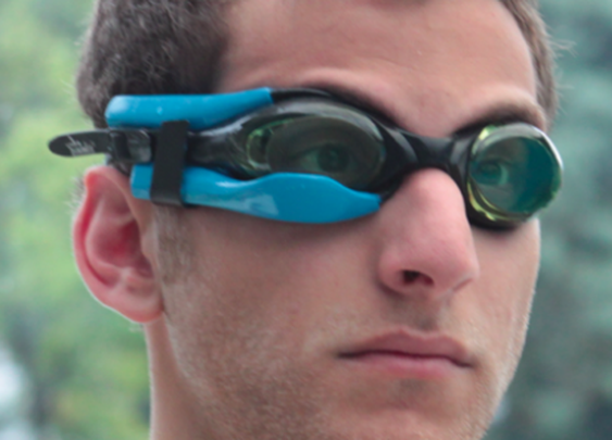 Instabeat shows swimmers their heart rate – in their goggles
