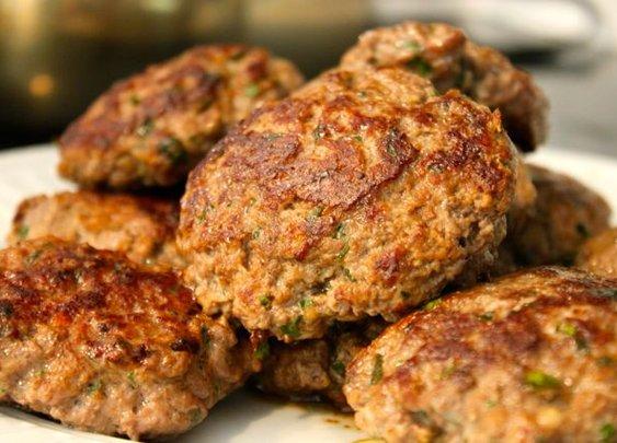 Moroccan Burgers and Beet Salad - Everyday Paleo