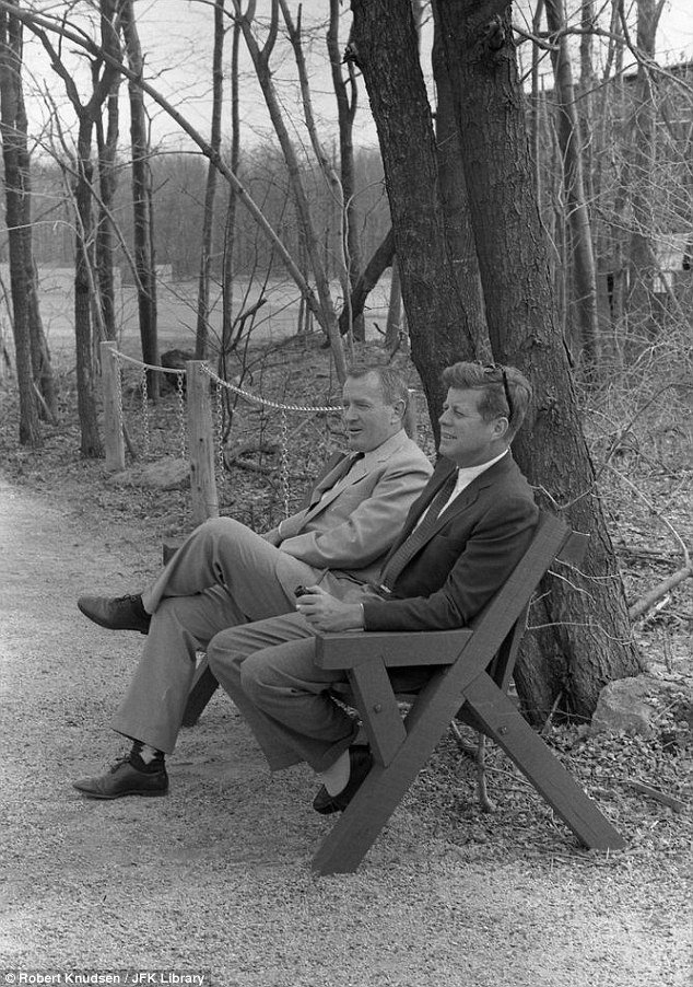 JFK & Pipe | The Pipe Parlor