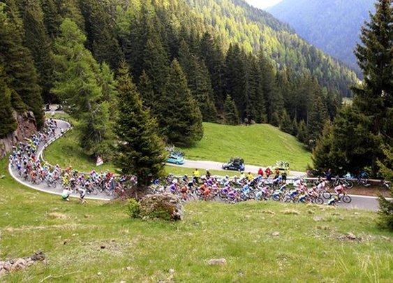 Giro d'Italia 2013: The Tour de France's grittier & tougher brother