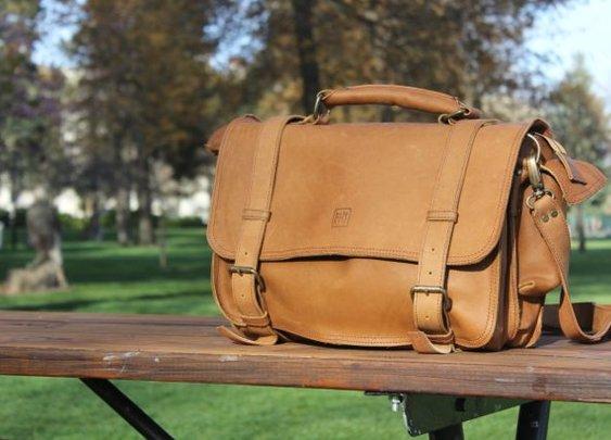 Far Horizon Trading Safari Bag Review – $290